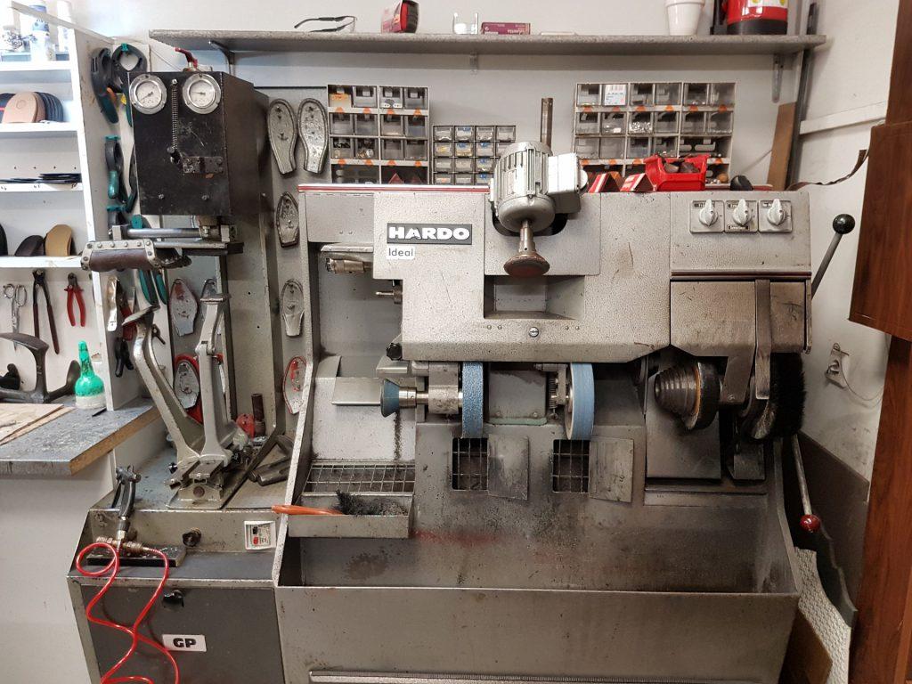 grinding-machine-2117093_1920